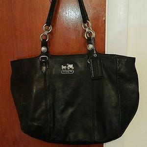 Handbags - Coach shoulder bag, black